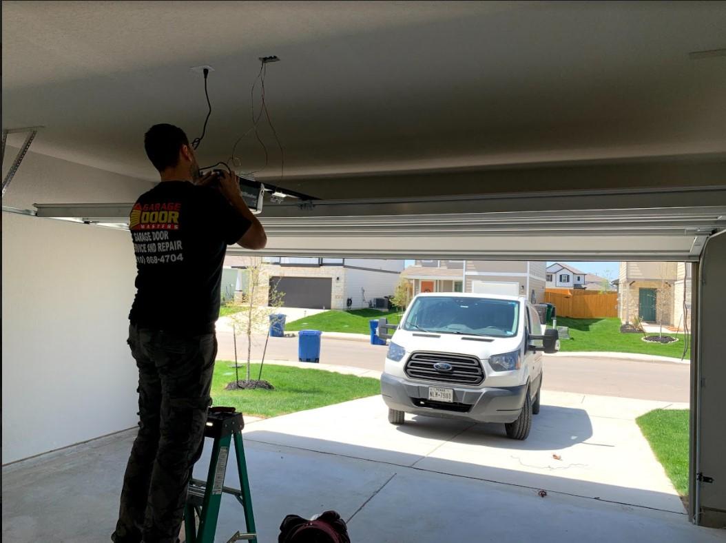 GARAGE DOOR SERVICES CIBOLO